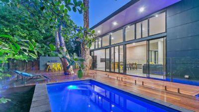 Clifton Beach Holiday House 001